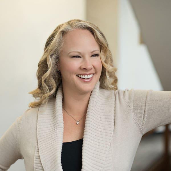 Dr. Cindy McGovern Headshot